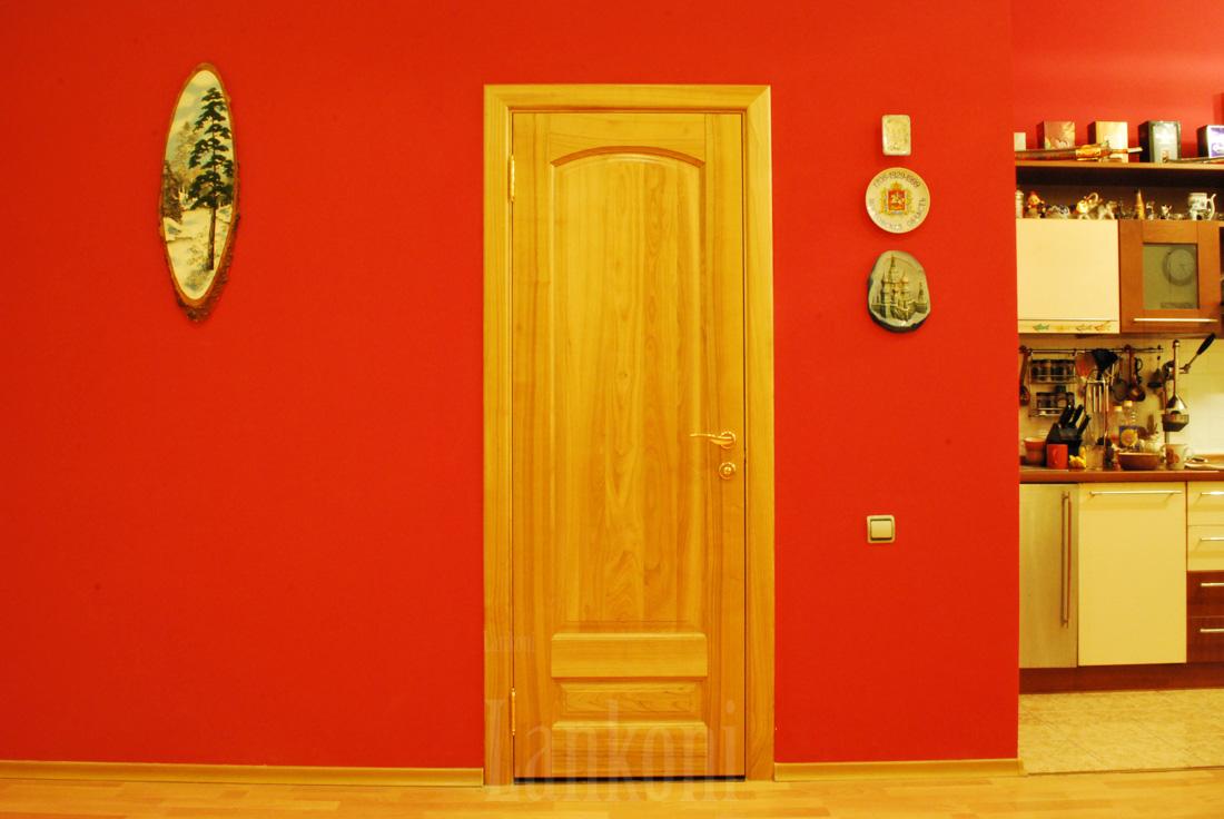 Межкомнатные двери из вишни