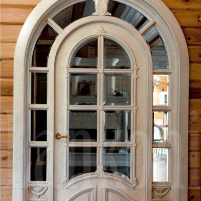 Достоинства дверей из массива дерева