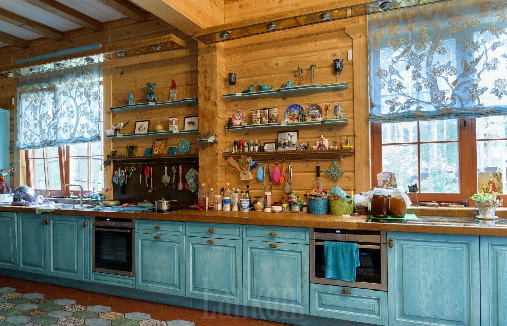 Кухня из дуба в частном доме
